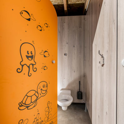 SANIBIO® sanitaire modulaire esthétique pour les tout petits aussi